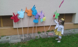 The unicorn craft that the birthday party entertainer had the kids made at our German friend's birthday party.